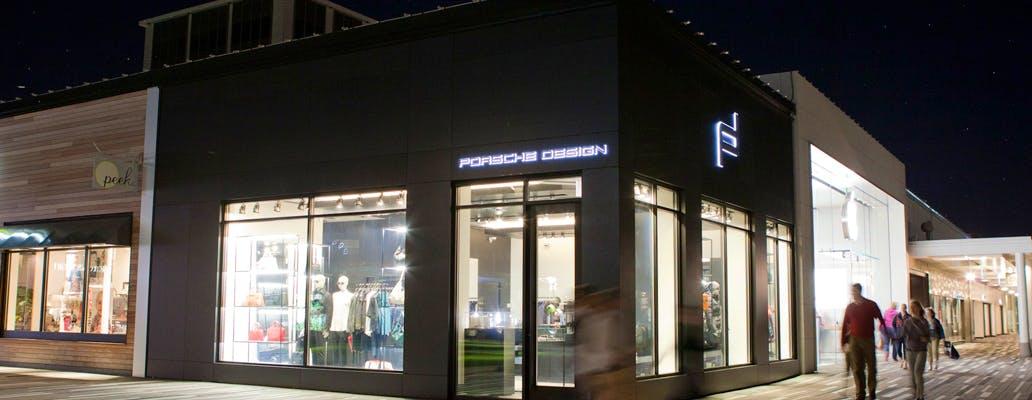 Image of dekton porsche boutique 2 in Boutique Porsche Design - Cosentino