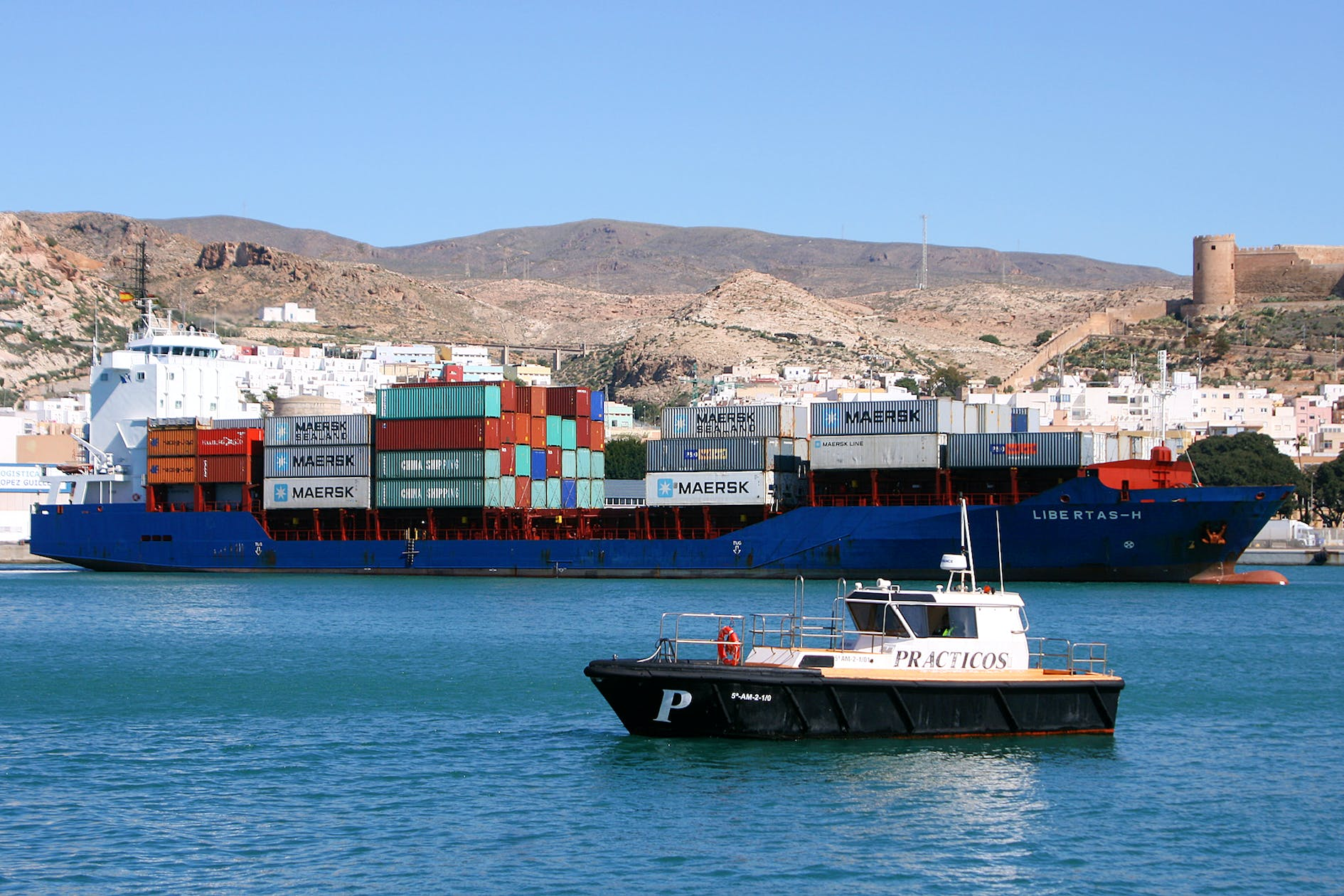 Image of maersk cosentino puerto almeria 1 1 in Maersk launches operations, with Cosentino, at the Port of Almería - Cosentino