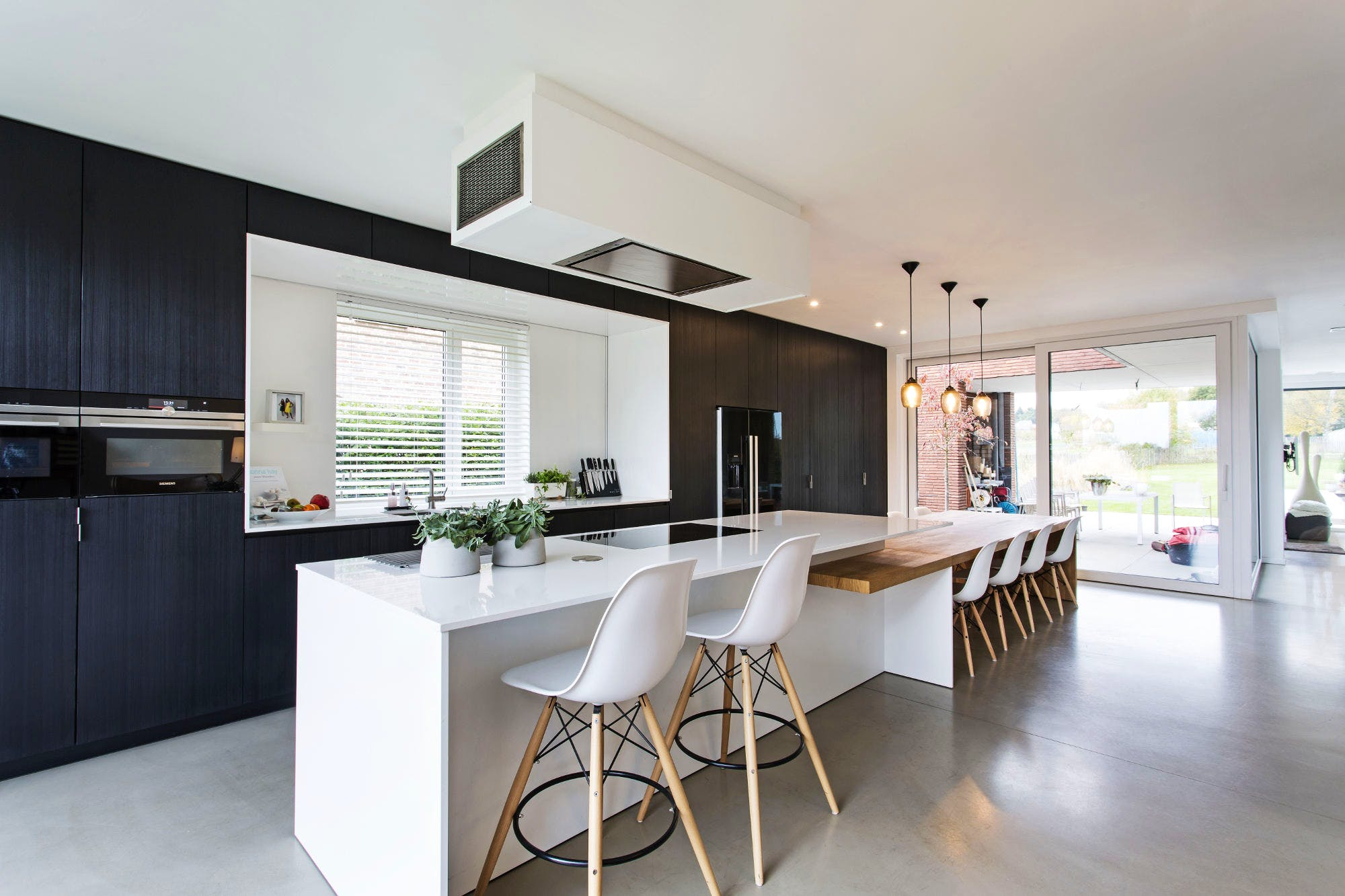 Image of shutterstock 671452513 2 in {{Modern Kitchens: Five ingredients to try in 2020}} - Cosentino