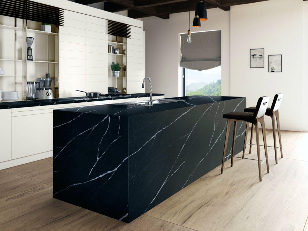 Image of silestone kitchen europea eternal marquina 2 in Black and white kitchens - Cosentino