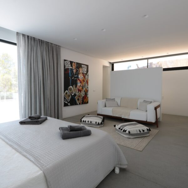 Image of strato floor bedroom 5 in What is Feng Shui? Embrace this philosophy and fill your home with positive energy - Cosentino