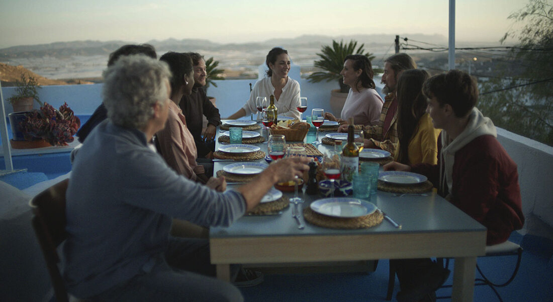 Image of Grupo Personas Historias Sunlit web in Sunlit Days by Silestone® is here - Cosentino