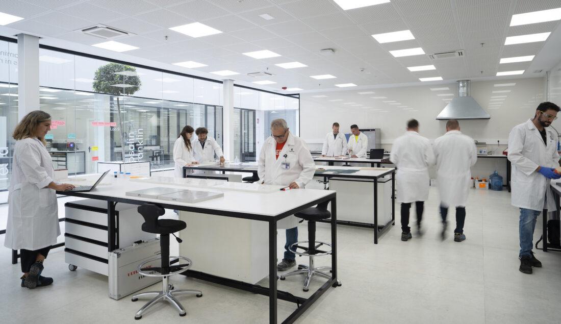 Image of Interior Laboratorio Centro I D Cosentino 2 1 in Cosentino, winner of the Spanish National Innovation Award 2021 - Cosentino
